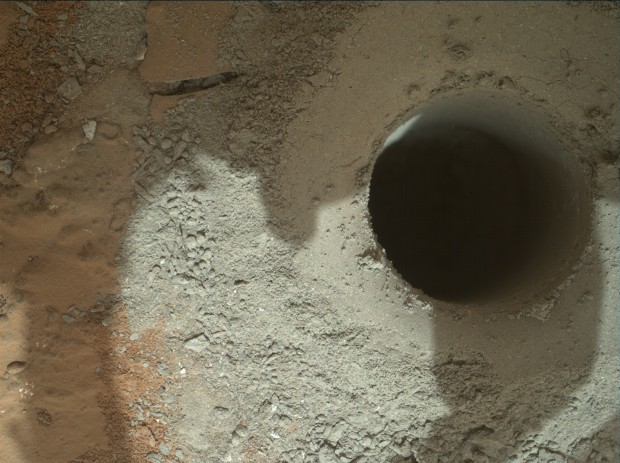 Close-up view of the second, deeper drill hole. Click for larger version. Credit: NASA / JPL-Caltech / MSSS
