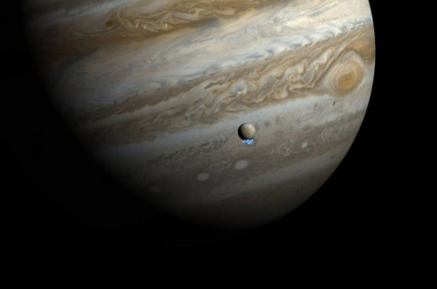 NASA and the European Space Agency have made several startling discoveries about the icy Jovian moon Europa. Credit: NASA/ESA