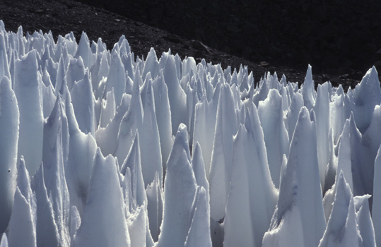 Penitentes on the Andes mountains on Earth. Is there something similar on Europa as well? Credit: Wikimedia Commons