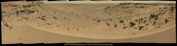 Mastcam panorama of Dingo Gap. Click for larger version. Credit: NASA / JPL-Caltech / Damia Bouic